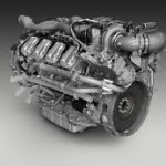 Srebrno-szary silnik wyprodukowany przez firmę Scania